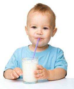 Child-Drinking-Milk