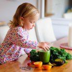 Child-Drinking-Smoothies-
