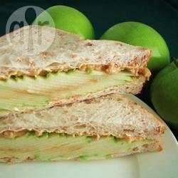 Apple and Peanut Butter Sandwich Recipe