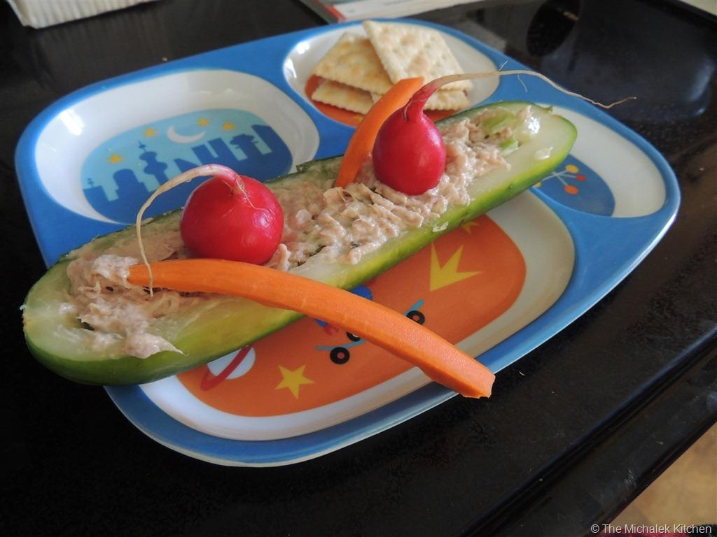 Fun Summer Foods for Kids-Cucumber Canoes