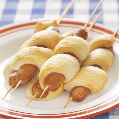 BBQ Party Ideas for Kids-Hot Dog on a Stick