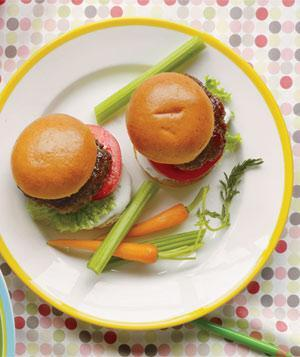 BBQ Party Ideas for Kids-Mini Ranch Burgers
