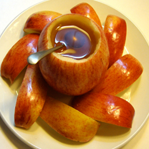 New Year's Apple-Bowl for Honey