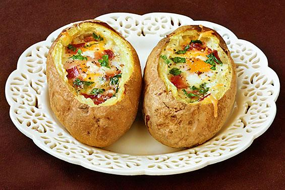 Superfoods for Kids- Baked Eggs and Bacon Bowls