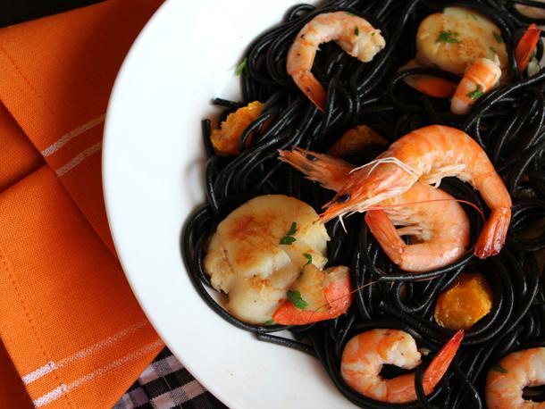 Black Pasta- Explore Asia Organic Black Bean Spaghetti. Halloween Recipes
