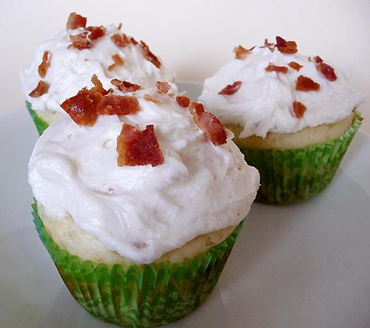 Birthday Breakfast Ideas- Pancake Cupcakes with Maple Bacon Frosting