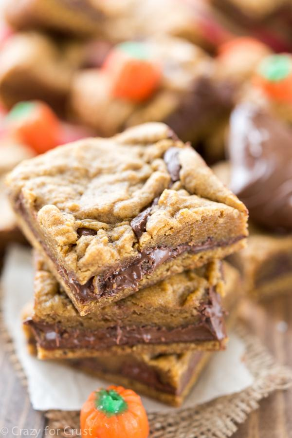Pumpkin Desserts- Pumpkin Nutella Cookie Bars. pumpkin desserts, pumpkin dessert recipes