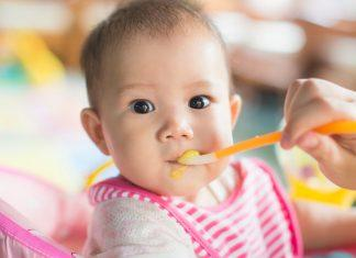 Each baby wakes and eats differently. Follow your baby's cues for a schedule that works for your family. Learn the best baby feeding schedule for you.