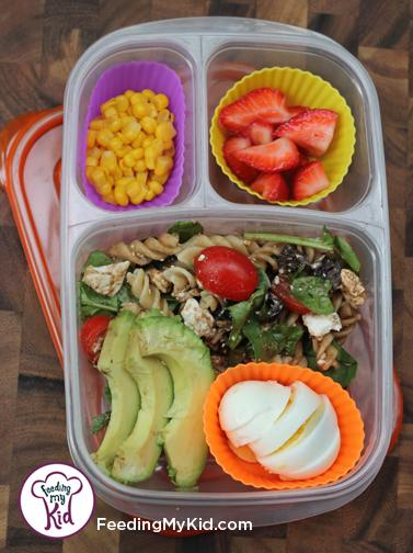 Back to School Lunch Ideas- Garden Veggie Pasta Salad. Served warm or cold, this pasta salad is super easy!