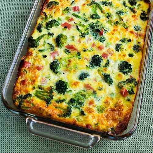 Broccoli, Ham And Mozzarella Baked With Eggs