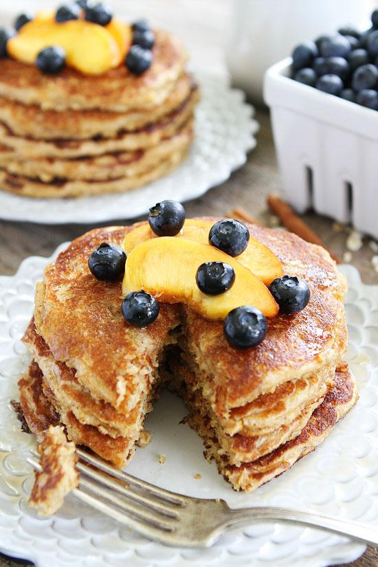 Superfoods for Kids- Cinnamon Oatmeal Pancakes