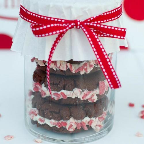 Homemade Peppermint Oreos Gift Idea