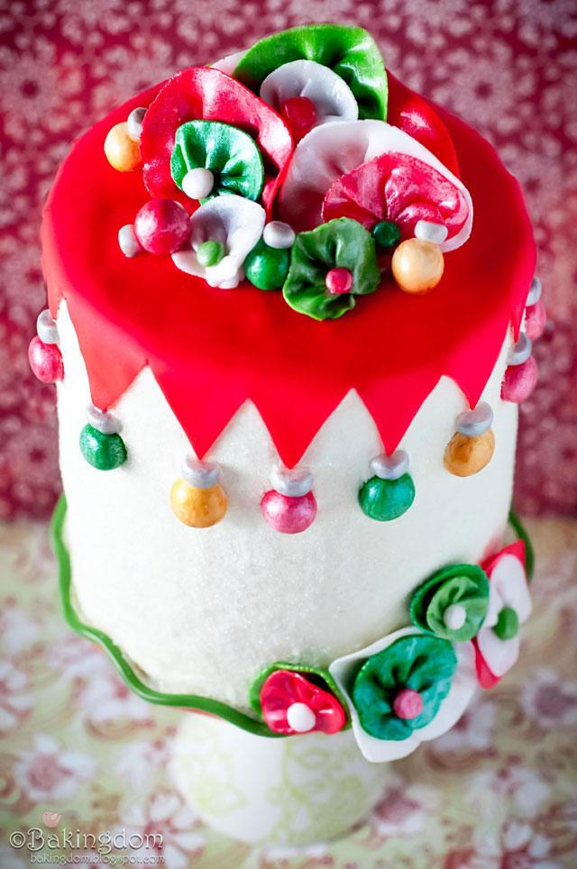 Whimsical Eggnog Christmas Cake