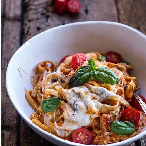 Sun Dried Tomato And Mushroom Pasta In A Garlic And Basil Sauce