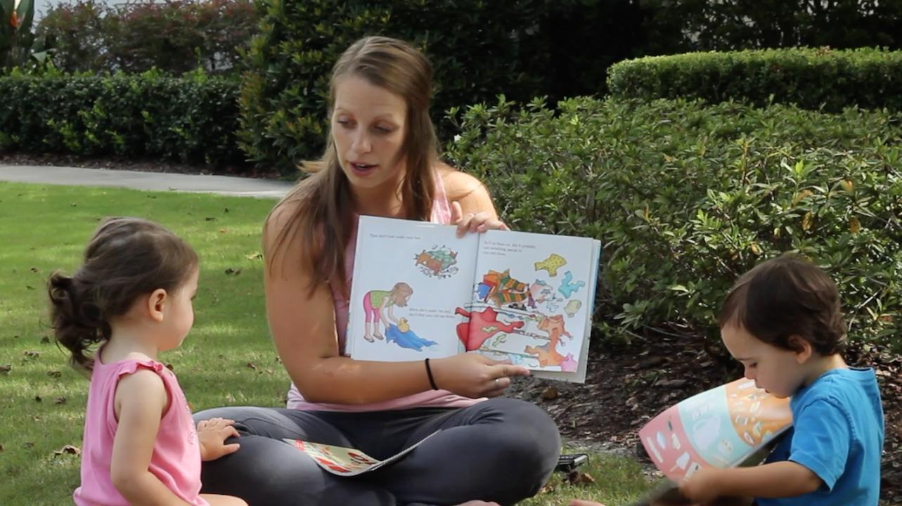 Reading To Kids About Food Is A Great Way to Get Kids Open To Trying New Foods. Find out why by watching this video. Let books help you turn your picky eater into an adventurous foodie.
