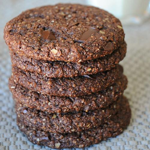 Mind Blowing Chocolate Chunk Oatmeal Cookies