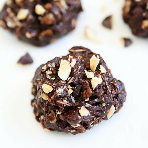 No Bake Dark Chocolate Almond Cookies