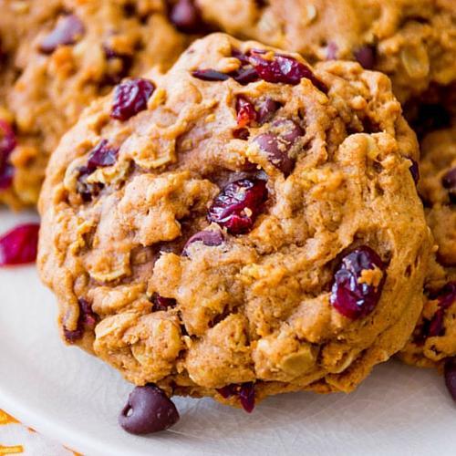 Soft Baked Pumpkin Oatmeal Cookies