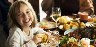 Have trouble getting your kids to eat new foods on the holiday? Here're tips to make thanksgiving fun for the whole family!