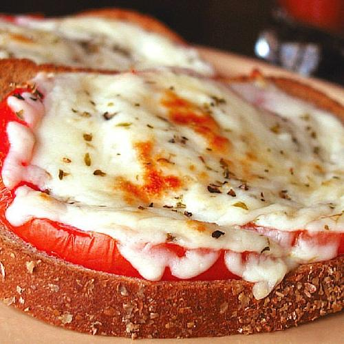 Easy Cheese Tomato Melt