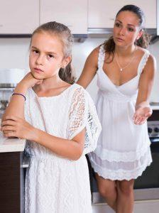 Parenting-Shaming-Daughter-