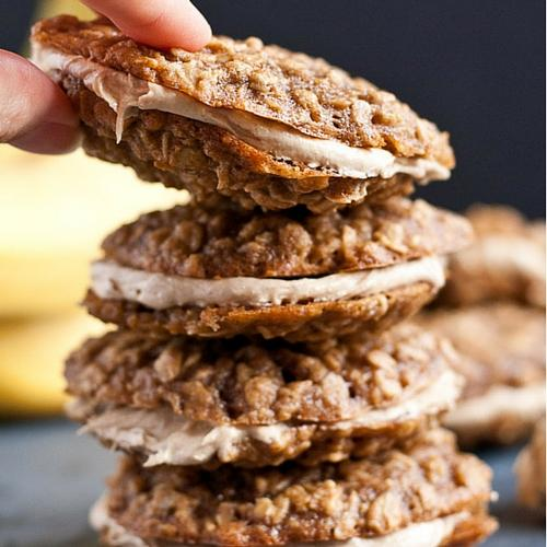 Peanut Butter Banana Oatmeal Creme Pies