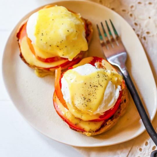 Sunday Morning Eggs Benedict