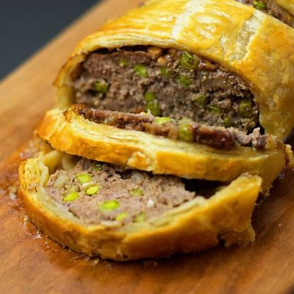 Ground beef recipes perfect for weeknight dinners ground beef wellington recipe forumfinder Images