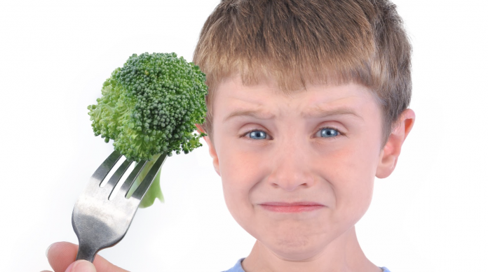 Learn how to develop healthy habits for kids and get your picky eater to eat healthier foods; from fruits to veggies! Get expert advice!