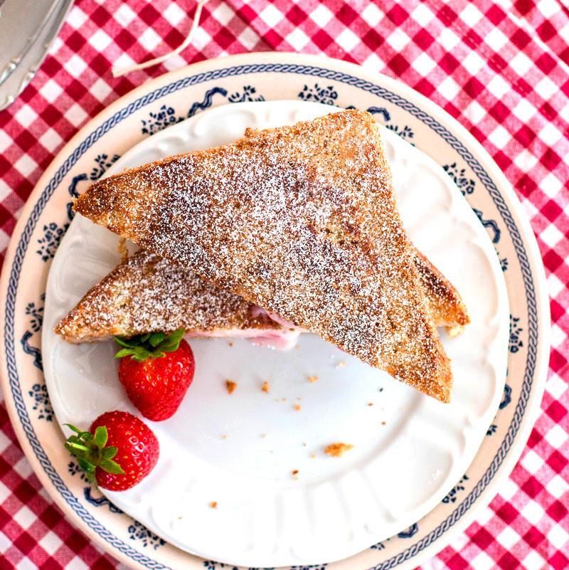 Skinny Crunchy Stuffed French Toast