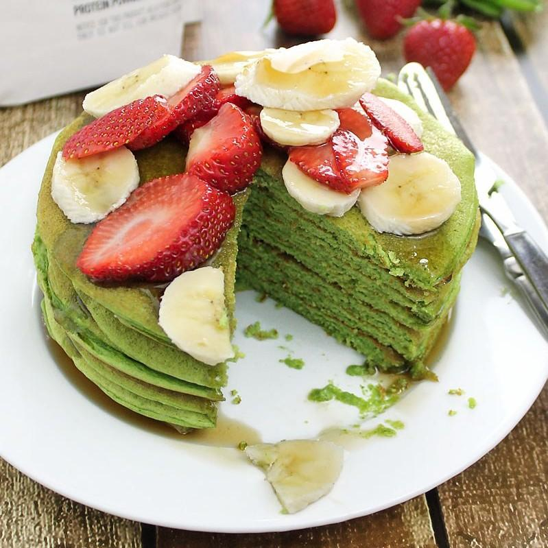 Spinach And Banana Protein Pancakes