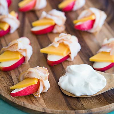 Ham And Cheese Apple Wraps With Dip