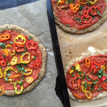 A vegan cauliflower pizza crust that passes the fold test? Impossible. I thought so too until I added the arrowroot starch to this recipe.