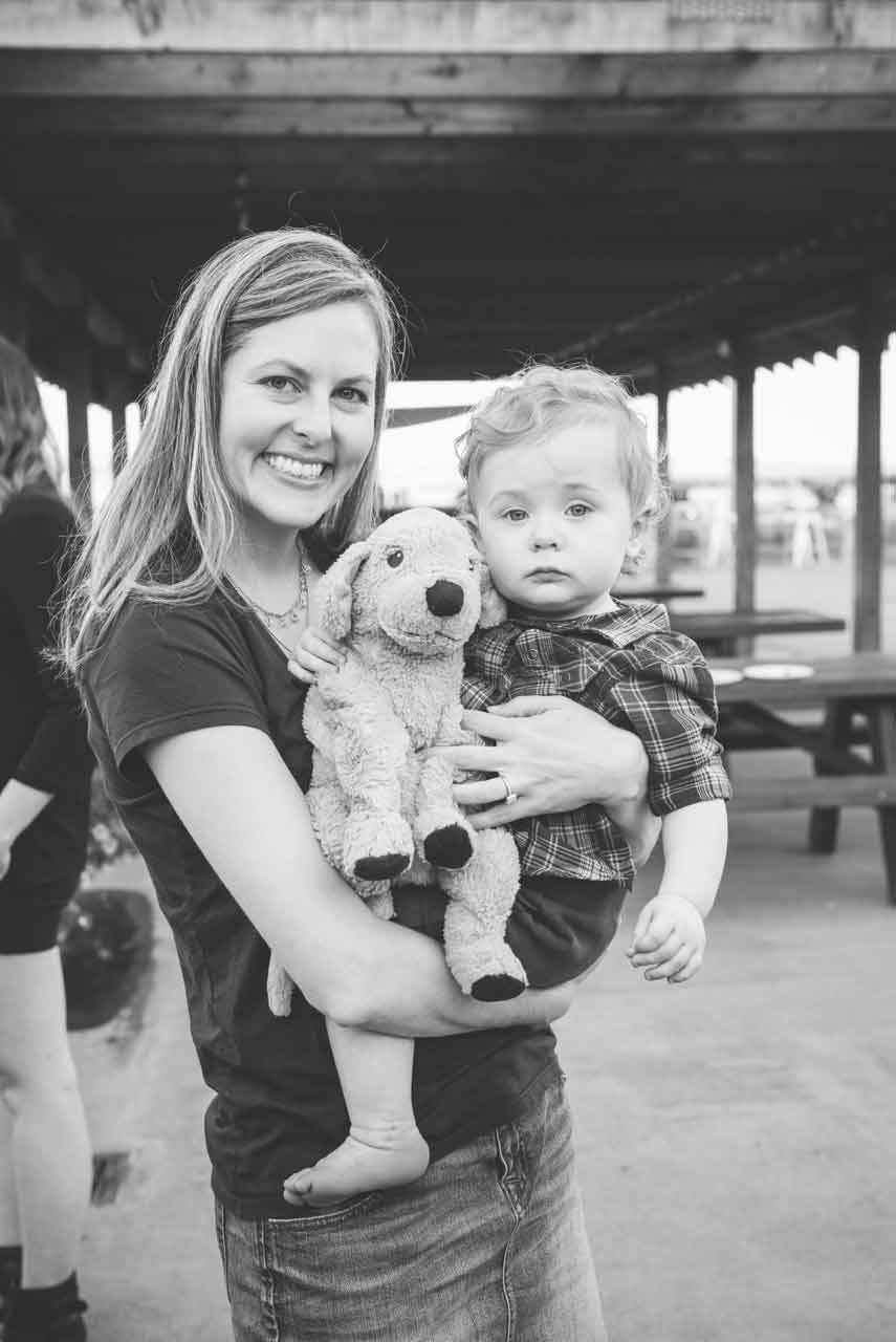 This writer, contributor to Feeding My Kid, chronic crafter, wife, and mom to one mini rascal, has over 15 years of health care marketing and copywriting experience. Recent employers include Aetna Pharmacy Management and CVS Health.