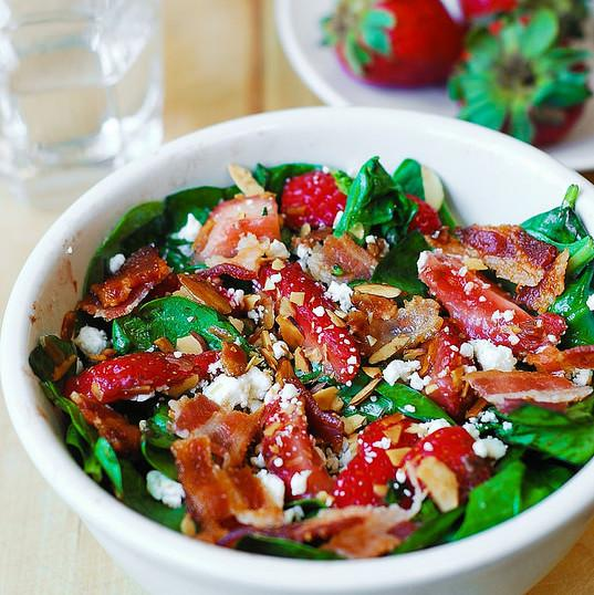 Strawberry Spinach Salad With Bacon