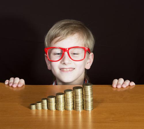Find out why It's Important to teach kids great money habits at a young age. It's never too early to teach kids to save.