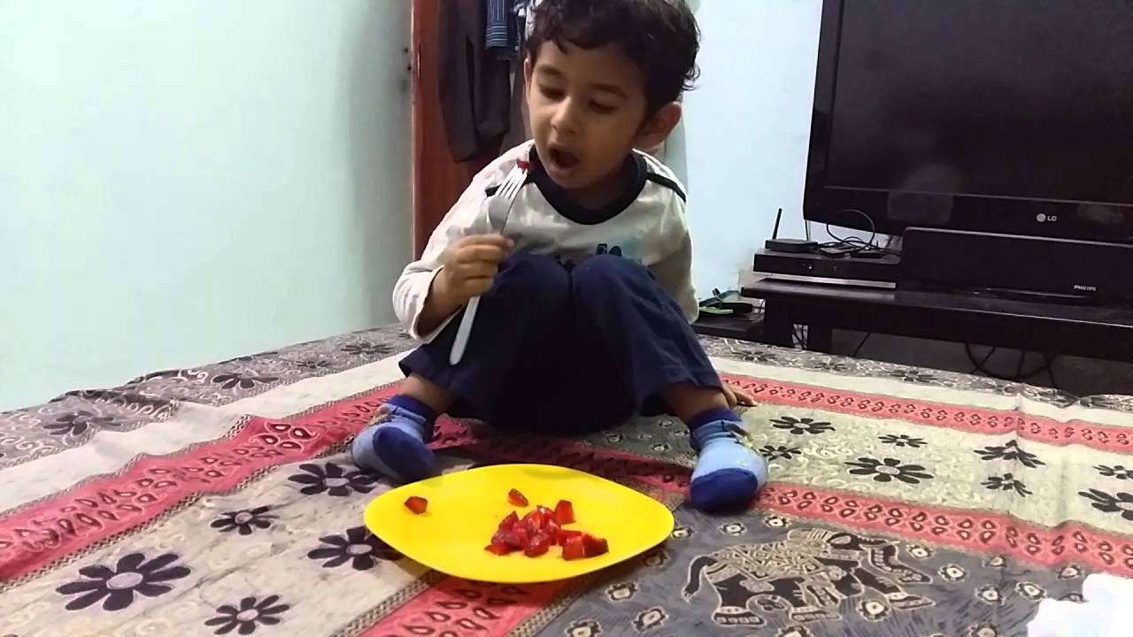 How to Get Kids to Eat Healthier Series: Kids Eating Strawberries