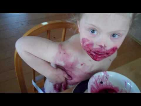 How to Get Kids to Eat Healthier Series: Kids Eating Blueberries