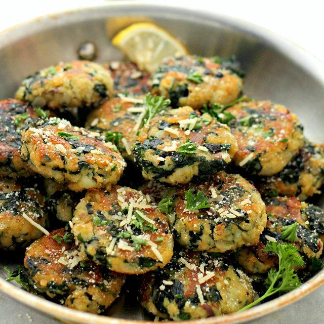 Spinach And Garlic Potato Patties Recipe