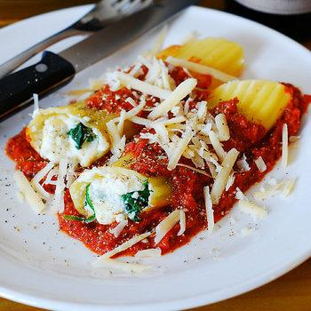 Stuffed Manicotti Pasta Shells With Ricotta Cheese And Spinach Filling Recipe