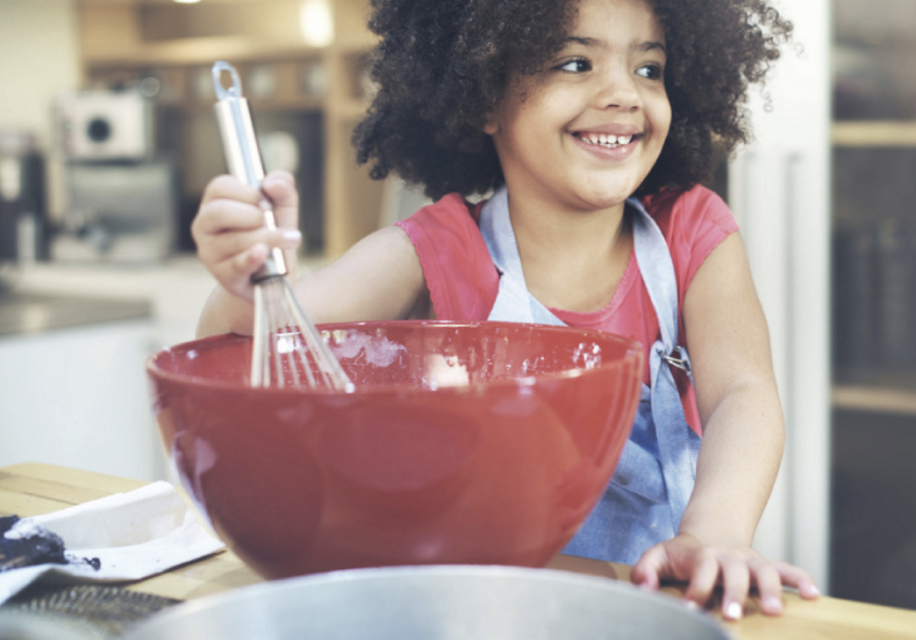 Why You Should Cook with Your Kids and Change Mealtime Locations
