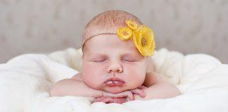 Check out this video on great newborn photo ideas to capture the memories and the moments just the way you want to remember them.
