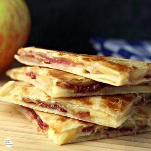 smoked-gouda-apple-and-bacon-quesadillas