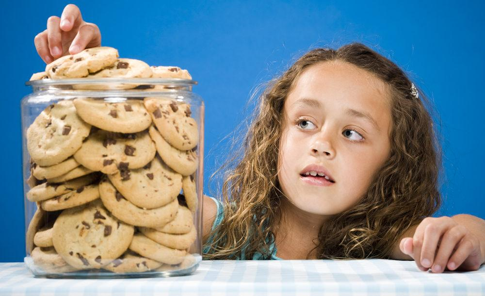 Why You Shouldn't Use Food as a Reward with Kids