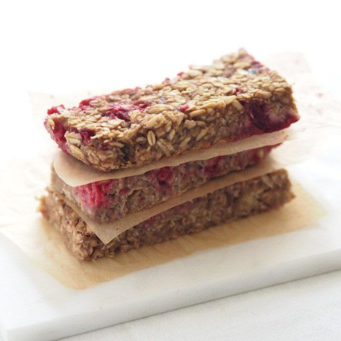 Chewy Raspberry Oat Bars