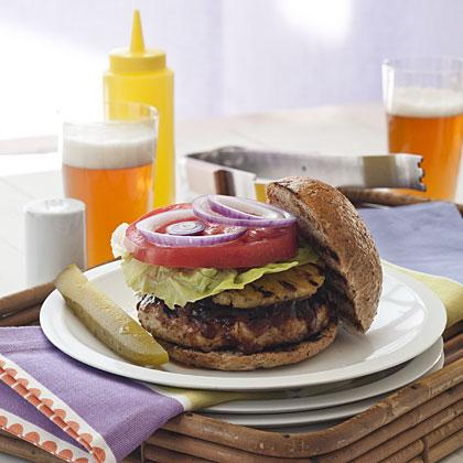 Hawaiian Turkey Burgers With Pineapple Papaya Sauce