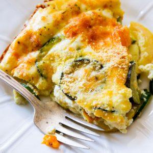 healthy-crustless-veggie-quiche-sallybakeblog-4