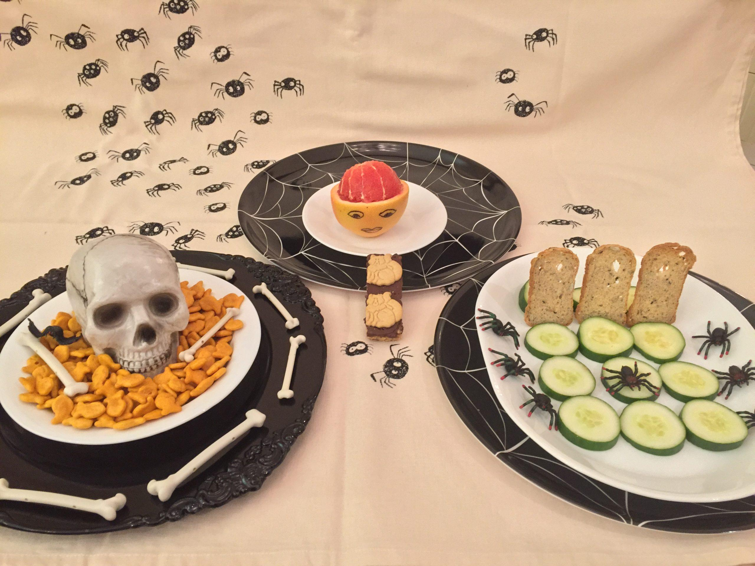 Skip the sweets this Halloween and try these healthy Halloween snacks! These spooky snacks are delicious have zero added sugar.