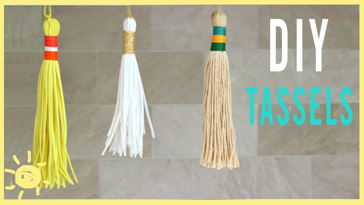 Learn how to make tassels! These aren't just for graduation caps. Use them as keychains or on bicycle handles. Great for everyone!