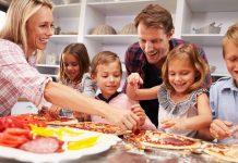 Creative pizza toppings can make great recipes for kids. Find out how to get kids to be adventurous foodies by using pizza!